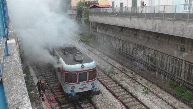 2015.09.17 - Il trasporto in Campania e le sue ceneri sei punti per ripartire