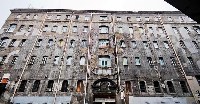 Ospedale Ascalesi hospital Naples Italy