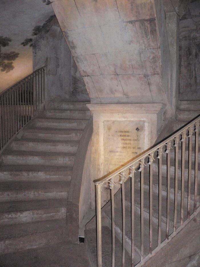 MUROLO ipogeo di S. Anna dei lombardi 038