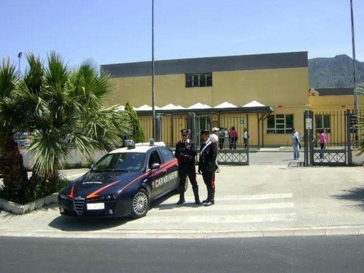 Carabinieri scuola Ercolano