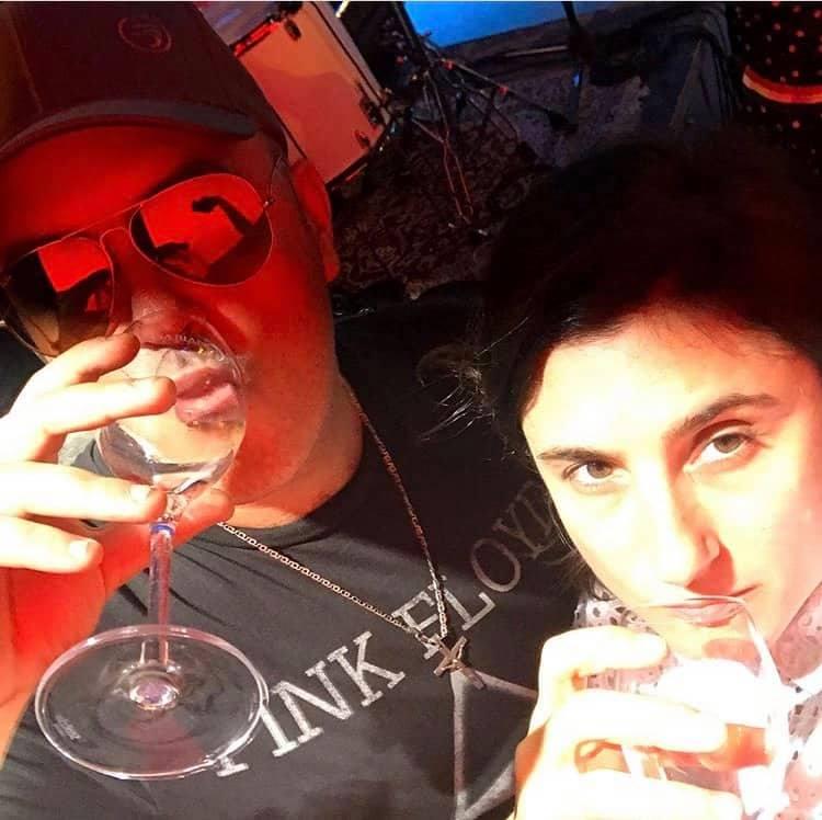 D Ross e Sarah Startuffo drink