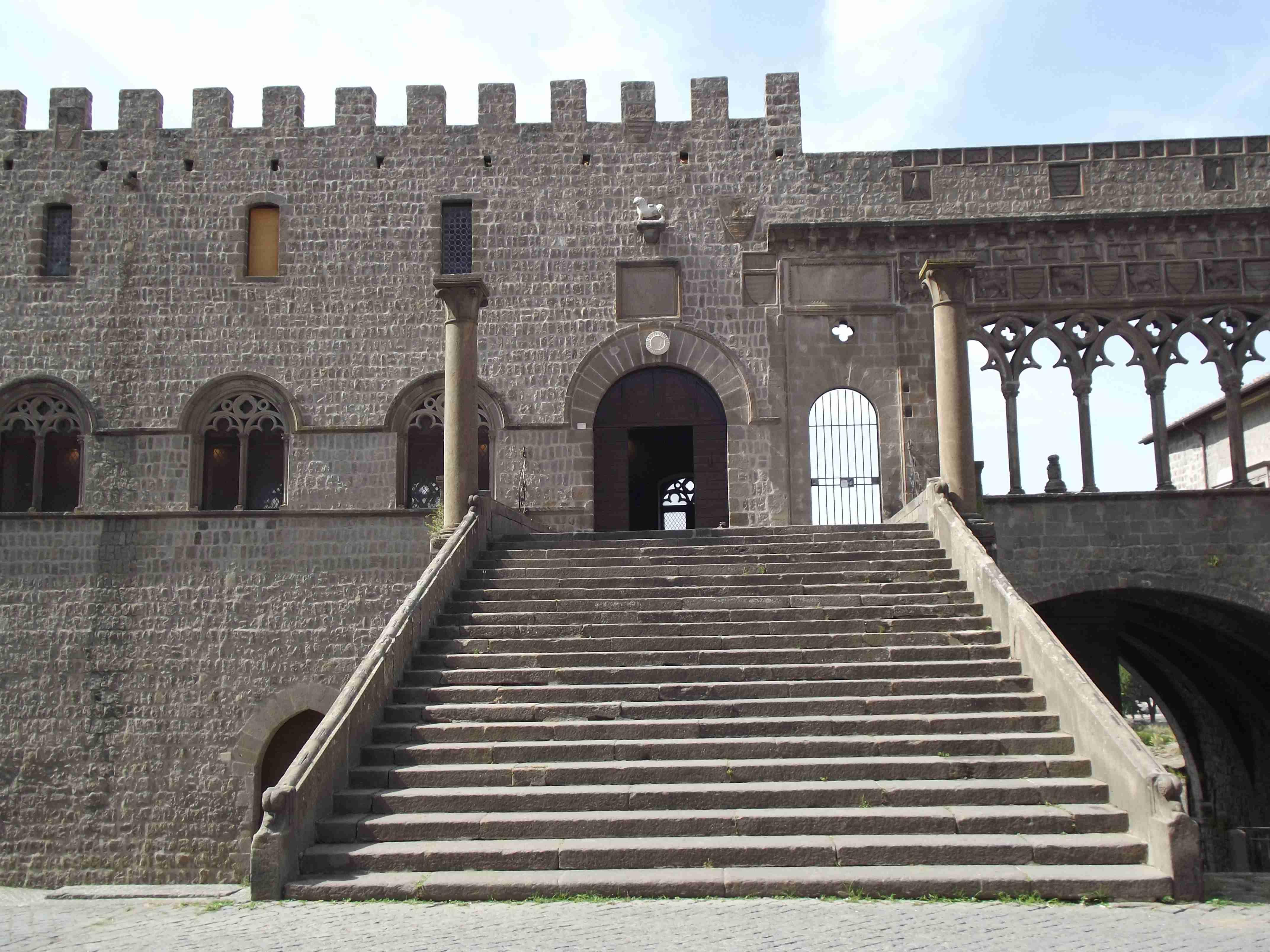 il palazzo dei Papi di Viterbo 1